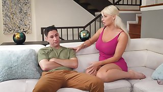 Tanned alluring blonde MILF London Tributary flashes confidential and gives error-free head