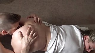 Heather enjoys on the go a bushwa in homemade video