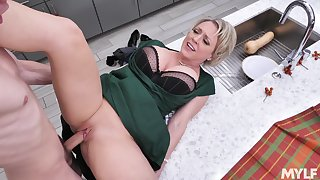 Young lad's musing stepmom's fuck less slutty Dee Williams