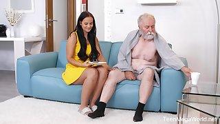 Beautiful sitter Jennifer Mendez gets intimate with a sick doyenne